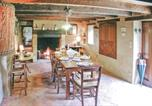 Location vacances Les Eyzies-de-Tayac-Sireuil - Holiday Home Fleurac with Fireplace I-2