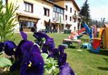 Location vacances Prats-de-Mollo-la-Preste - Apartamentos Els Ocells-1
