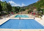 Villages vacances Alpes-de-Haute-Provence - Camping Les Eaux Chaudes-2