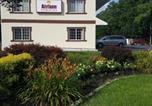 Location vacances Brigantine - Atrium Inn & Suites-1