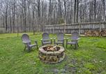 Location vacances Geneva - Canandaigua Lake House with Lake View and Fire Pit!-3