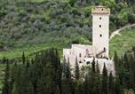 Location vacances Valtopina - Villa in Near Foligno, Perugia-1