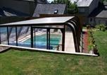 Location vacances La Chapelle-Saint-Aubert - Chambre d'hôtes La Demeure d'Isaure-1