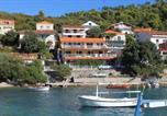 Location vacances Smokvica - Apartments by the sea Brna, Korcula - 9162-3