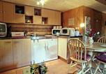 Hôtel Spean Bridge - Everwood Log Cabin-3