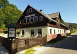 Location vacances  République tchèque - Chalupa Maršovka-1