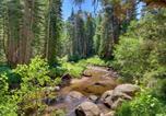 Location vacances South Lake Tahoe - Spacious Riverfront Home-2