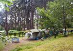 Camping  Acceptant les animaux Ain - Huttopia Divonne Les Bains-2