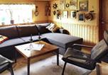 Location vacances Trollhättan - One-Bedroom Holiday home in Ljungskile 2-4