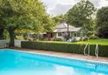 Location vacances Burley - Burley in Wharfedale Villa Sleeps 8 Pool Wifi-1