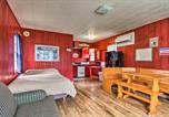 Location vacances Fergus Falls - Dent Resort Cabin - Ultimate Star Lake Escape-1