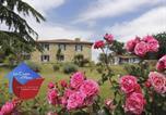 Location vacances Castéra-Verduzan - Les Chalets D'Hôtes Esprit Nature-1