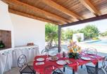 Location vacances Carovigno - Two-Bedroom Holiday Home in Carovigno (Br)-2