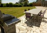 Location vacances  Finistère - Warm Holiday home with Pool in Clohars-Carnoã«t France-3