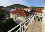 Location vacances Vis - Apartments by the sea Vis - 8534-4