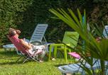 Camping avec Piscine Rieupeyroux - Village de Vacances Les Chalets de la Gazonne-3