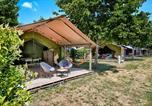 Camping avec Quartiers VIP / Premium Lot - Flower Camping Les Ondines-4