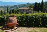 Location vacances  Province de Prato - Casa La Fioraia-4