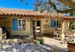Location vacances Le Plan-de-la-Tour - Mas avec piscine au coeur des vignes-3