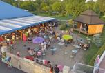 Camping avec Piscine Divonne-les-Bains - Camping Les Bords de Loue-4