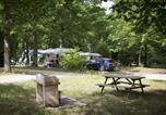 Camping 4 étoiles Villeneuve-les-Genêts - Camping Sites et Paysages Au Bois Joli-3