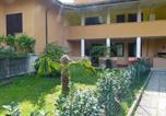 Location vacances Porto Valtravaglia - Apartment La Magnolia-1