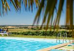 Camping avec Piscine Mauroux - Parc Résidentiel de loisirs Les Chalets des Mousquetaires-3
