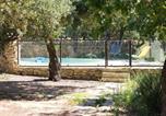 Location vacances Gordes - Villa de 3 chambres a Gordes avec magnifique vue sur la montagne piscine privee jardin amenage a 54 km des pistes-2