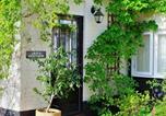 Location vacances Chediston - Dove Cottage-1
