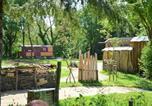 Hôtel Yzernay - Le camp du fauconnier-1
