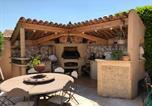 Location vacances Rognac - Agréable Villa avec piscine privée et Poolhouse à proximité d'Aix en Provence, 7 personnes Ls7-321 Cascalin-2
