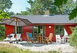 Location vacances Snogebæk - Three-Bedroom Holiday home in Nexø 34-1