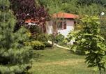 Location vacances La Sauvetat - La Meïzou, gîte - chambres d hôtes à Champeix-1