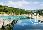 Camping avec Piscine Chauzon - Camping du Pont-1