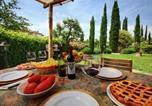 Location vacances Lucignano - Luxurious Cottage in Lucignano with Pool-3