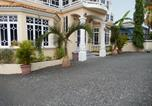 Location vacances Belle Mare - La Mirage Residence Guest house-1