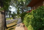 Location vacances Lake Hamilton - Country Inn Lake Resort-1