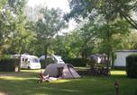 Camping avec Site nature Cordelle - Camping L'Orée du Lac-4