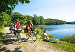 Camping avec Quartiers VIP / Premium Morieux - Camping Au Bocage Du Lac-4