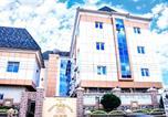 Location vacances  Nigeria - Room in Lodge - Milton Park Hotel and Resort-1