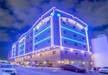 Location vacances Jeddah - Al Ezzah Palace Hotel Suites-2