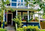 Location vacances Calgary - River Wynde Executive Bed & Breakfast-3