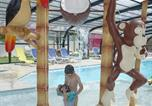 Camping Commequiers - Domaine Oyat-1