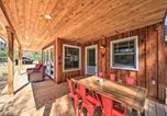 Location vacances Cocolalla - Serene Retreat with Deck Near Lake and Boat Ramp-2