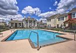 Location vacances Miami - Spacious Townhome, Walk to Lake and Restaurant!-3
