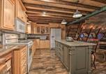 Location vacances Fergus Falls - 'The Boars Abode' Renovated Barn Home in Donnelly!-4