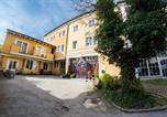 Hôtel Elixhausen - Yoho - International Youth Hostel-1