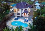 Location vacances  Tanzanie - Rayan Apartments & Safaris-1
