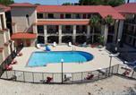 Hôtel Jacksonville - Tricove Inn & Suites-1