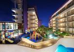 Hôtel Batu - Golden Tulip Holland Resort Batu-2